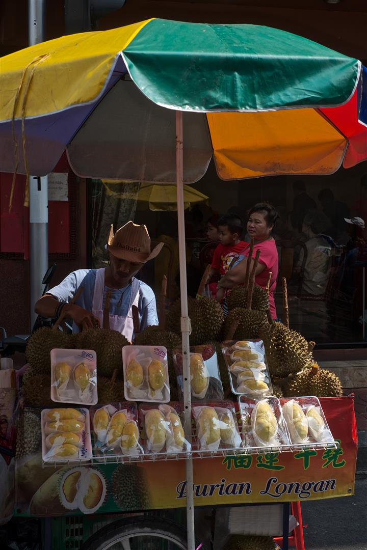 Durian seller-Bangkok (Large)
